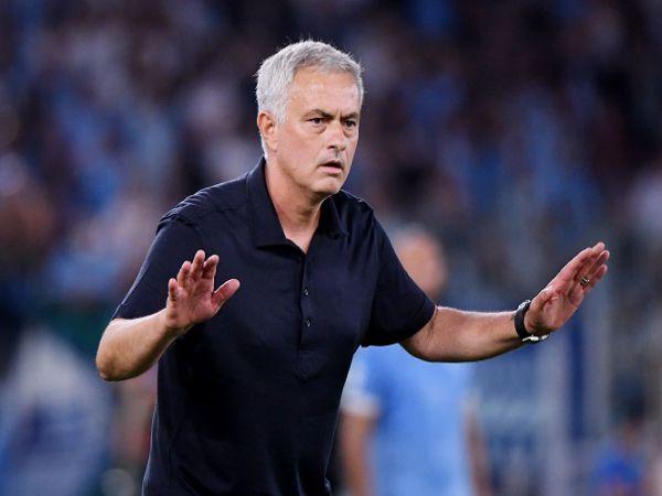 Bóng đá quốc tế 27/9: Thua Lazio, Mourinho đổ lỗi cho trọng tài