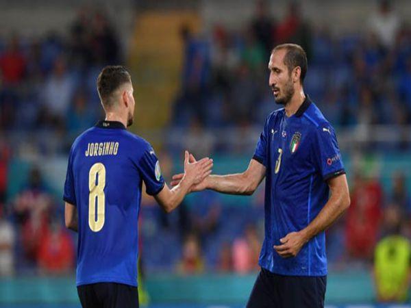 Bóng đá quốc tế 29/9: Chiellini mong Jorginho đoạt QBV